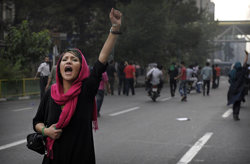 """Fatal Iran rioting against a """"corrupt government"""""""